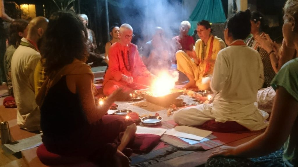 Havan (fire ceremony) for purification